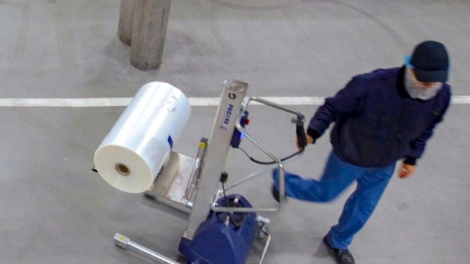 TAWI lifting trolleys roll lifting food industry