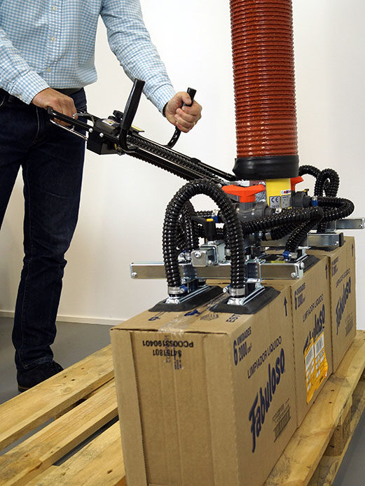 Lifting multiple boxes from pallet with vacuum lifter