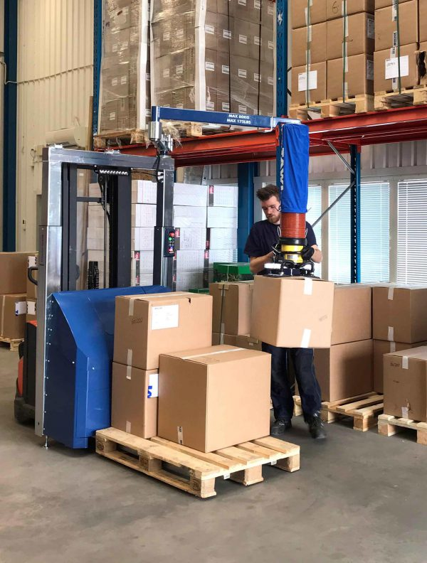 TAWI mobile vacuum box lifter