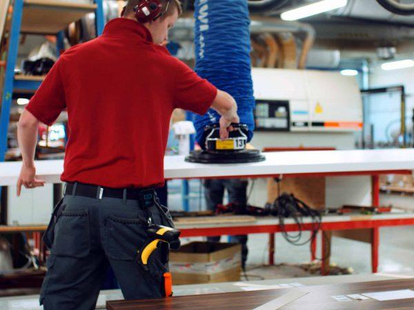 VacuMove lifting sheets wood processing