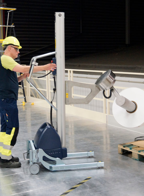 TAWI lifting trolleys for tilting reels