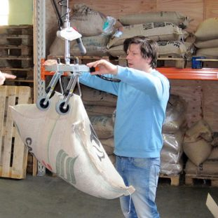 lifting jute sack with hoist