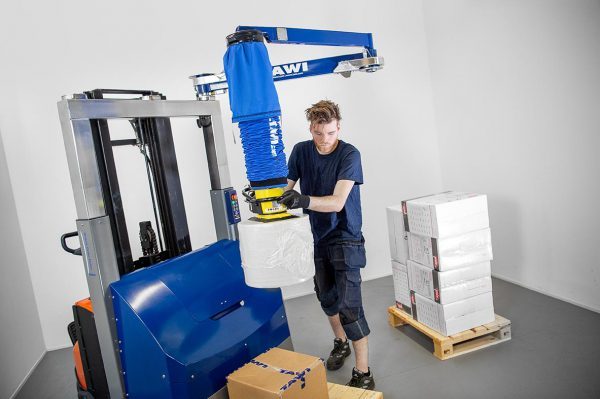 picking order with mobile vacuum lifter forklift attachment