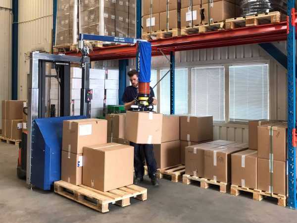 Logistic order picking