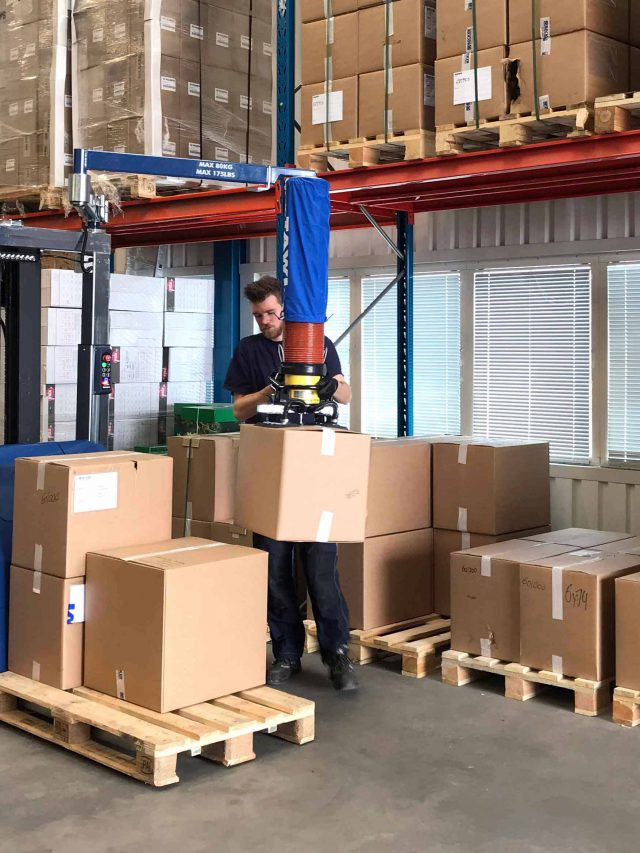 Logistic order picker